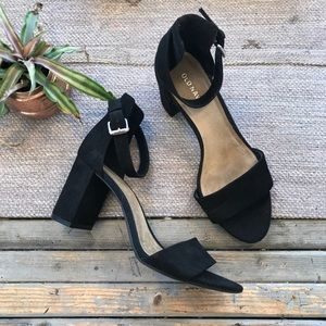 Old Navy Black Block heel dress sandals size 8